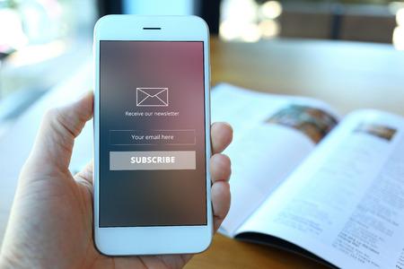 モバイル端末向けメールを作成するポイント